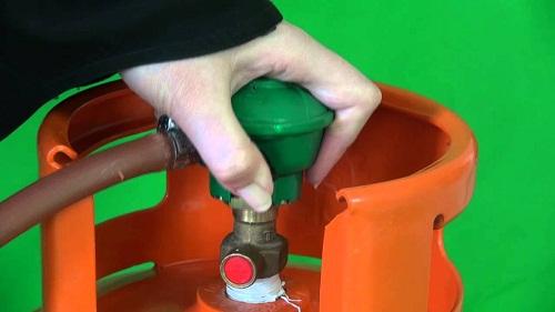 Cách đóng mở van gas chính xác nhiều người chưa nắm rõ